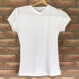 Under Armour size L short sleeved tee with v-neck